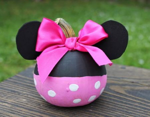 Minnie Mouse Pumpkin .