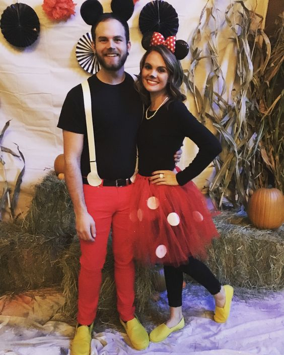 Minnie & Mickey Mouse Costume.