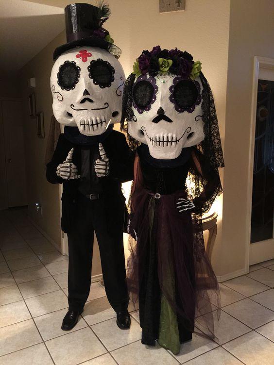 Dia de Los Muertos Couple.