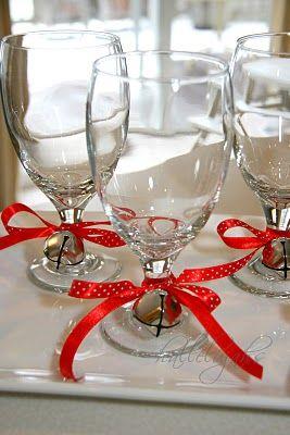 Cute Christmas Glass Decor.
