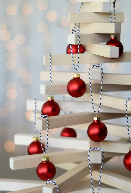 Make a Modern Wooden Tabletop Christmas Tree.
