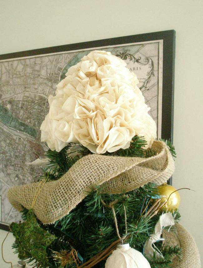 Awesome DIY Christmas Tree Topper Ideas & Tutorials - Hative
