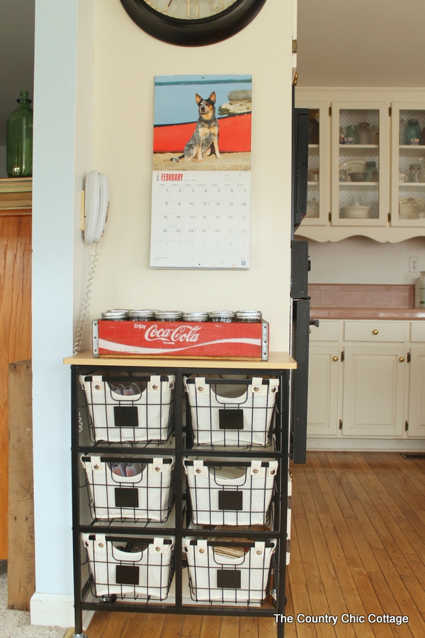Farmhouse Kitchen Organizer & 20+ Farmhouse Kitchen Storage Ideas - Hative