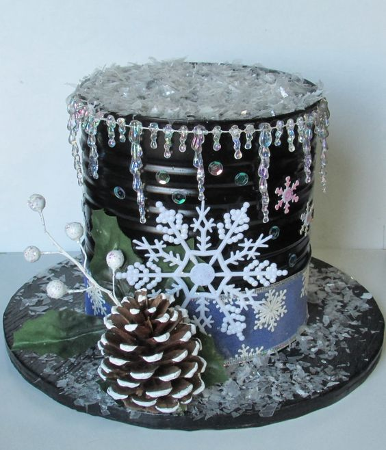 DIY Snowman Hat Using Christmas items.