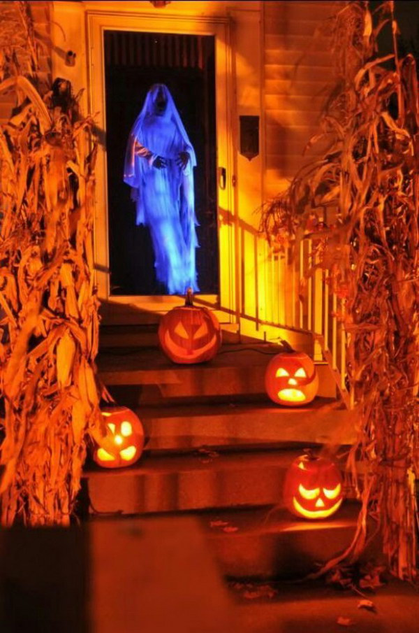halloween lighting ideas. DIY Spooky Door Greeter Halloween Lighting Ideas L