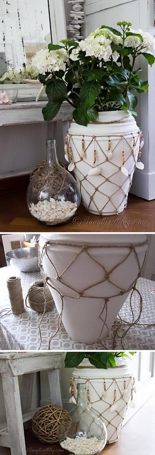 Nautical Fish Net Vase.