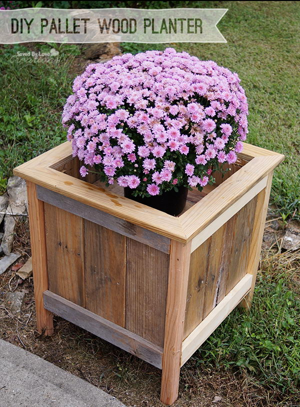 30 creative diy wood and pallet planter boxes to style up your home hative. Black Bedroom Furniture Sets. Home Design Ideas