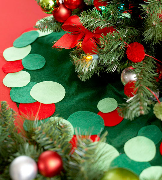 Large Colorful Circle Felt Tree Skirt.