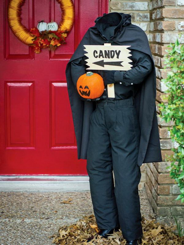 DIY Headless Horseman Figure For Halloween.