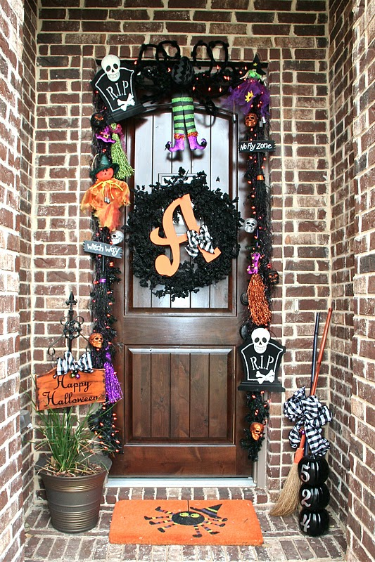 Halloween Garland and Wreath.