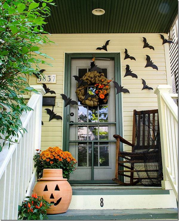 Bat Halloween Front Door Decor.