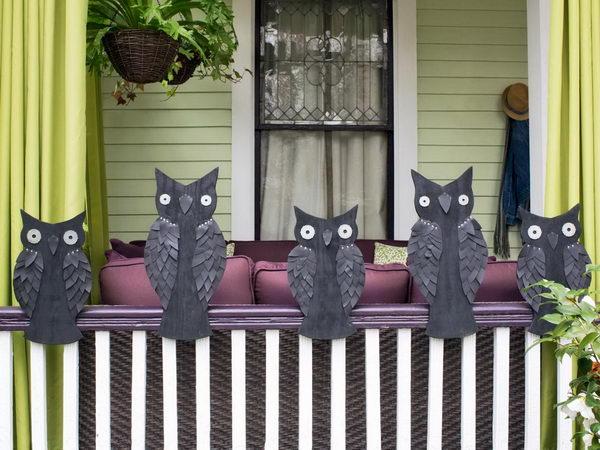 Halloween Owl Decorations.