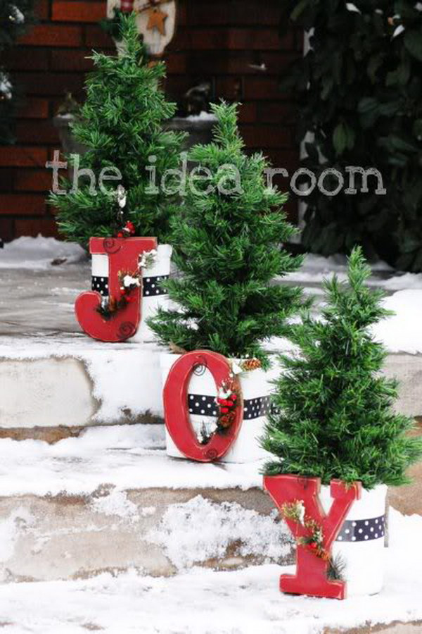Attach Bright Red Joy Letters To Flower Pots For Holiday Outdoor.