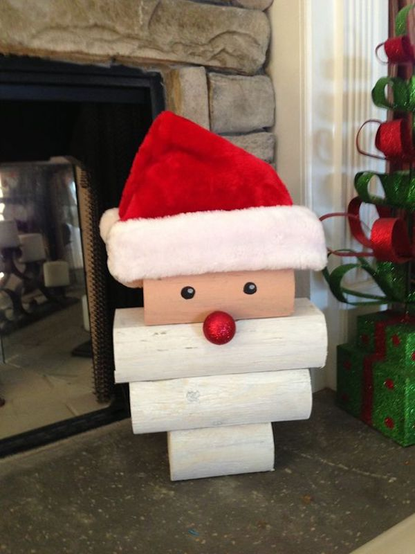 DIY Stacked Wood Santa.