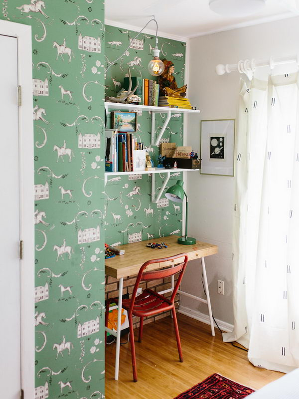 DIY Home Office With Shelves And Desk.