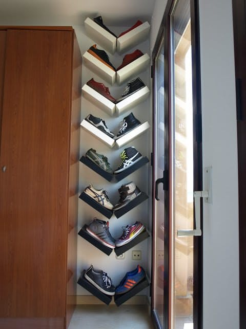 Narrow and Vertical V  shape shoe storage using Ikea Lack.