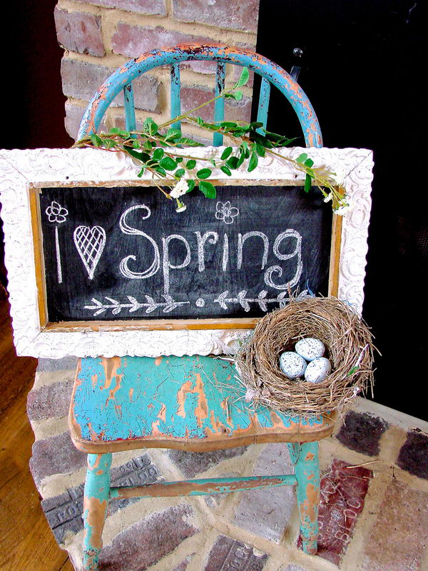 Upcycled Framed Chalkboard Spring Sign.