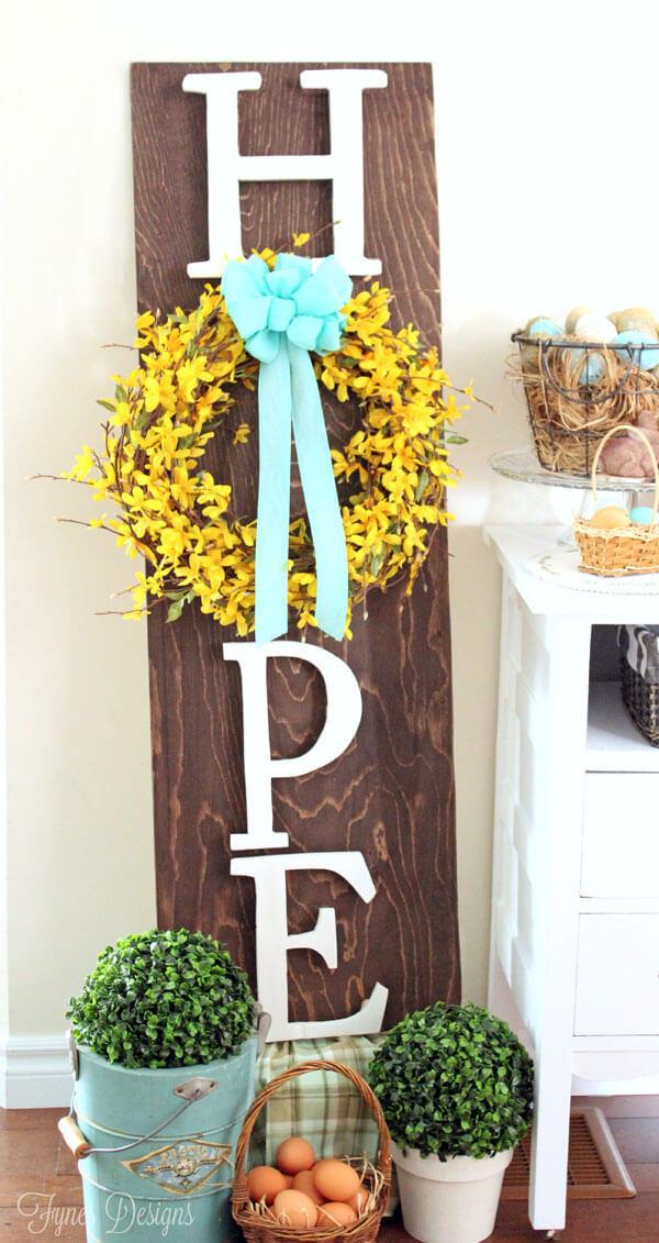 Hope Easter Wreath Board.